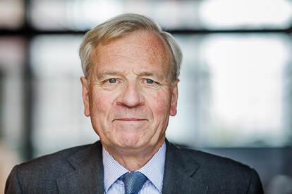 Professor Jaap de Hoop Scheffer - Chair, AIV